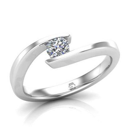 trauringspezialisten-verlobungsring-antragsring-platin-mit-diamant-2TS4030-1